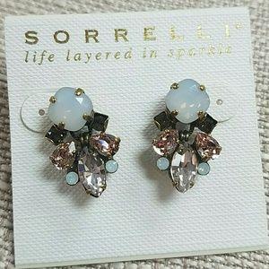 Beautiful Sorrelli Stud Earrings NWT Pale Pink